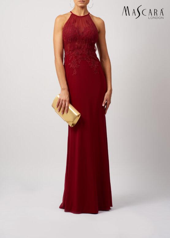 Plissé halter opengewerkte jurk lang bordeaux voorkant